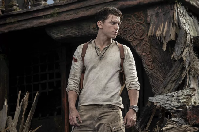 Se Tom Holland som Nathan Drake i Uncharted-filmen