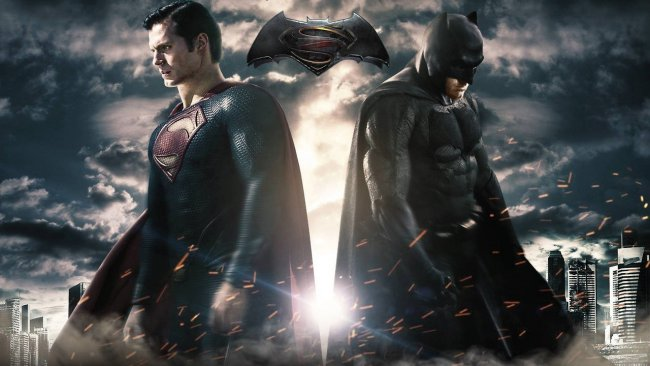 Se den nye Batman v Superman-traileren
