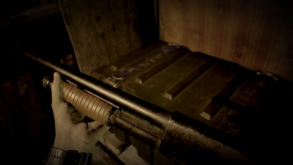 Resident Evil 7 - Shotgun in a Box