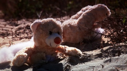 Naughty Bear: Panic in Paradise - Beach Massacre Trailer